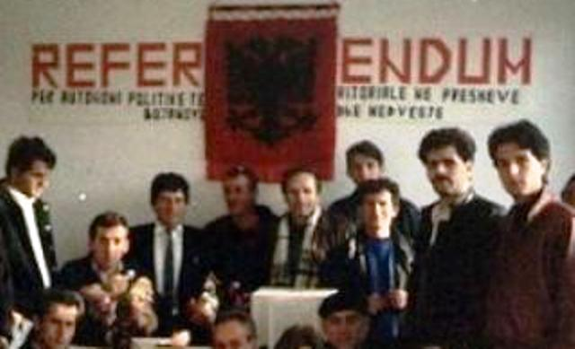 the conflict between serbs and albanians on kosovo Timeline: kosovo a open conflict between serb police and separatist kosovo liberation army 2004 march - 19 people are killed in the worst clashes between serbs and ethnic albanians since 1999 the violence started in the divided town of mitrovica.