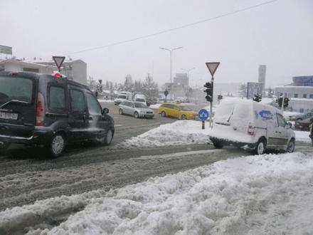 Brenda 24 oreve ne kosove 5 te vdekur nga bora dhe akulli for Bora küchenger te preise