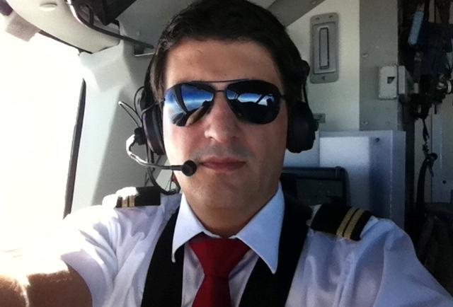 Piloti më ri shqiptar – rekord, që fluturon nëpër botë deri në Tiranë e Prishtinë - burim-aliu
