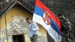 largohet-flamuri-i-serbis-euml-nga-kalaja-e-mitrovic-euml-s_hd