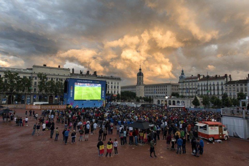 FBL-EURO-2016-FANZONE
