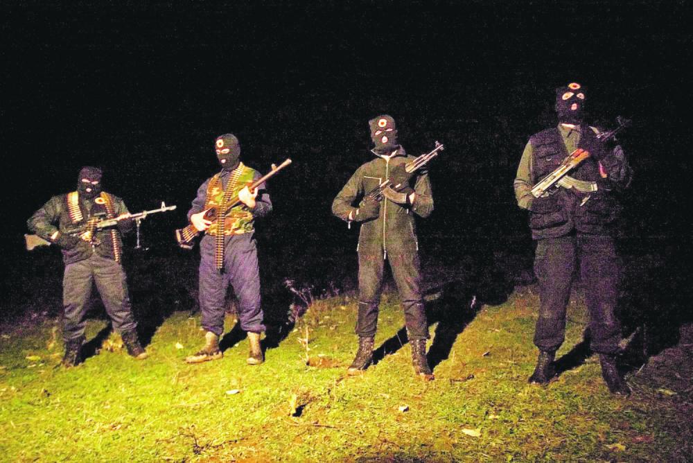 Pas deklaratave të presidentit serb Nikolic për  lufte  tash shqiptarët në ballë me AKSH  gati për luftë