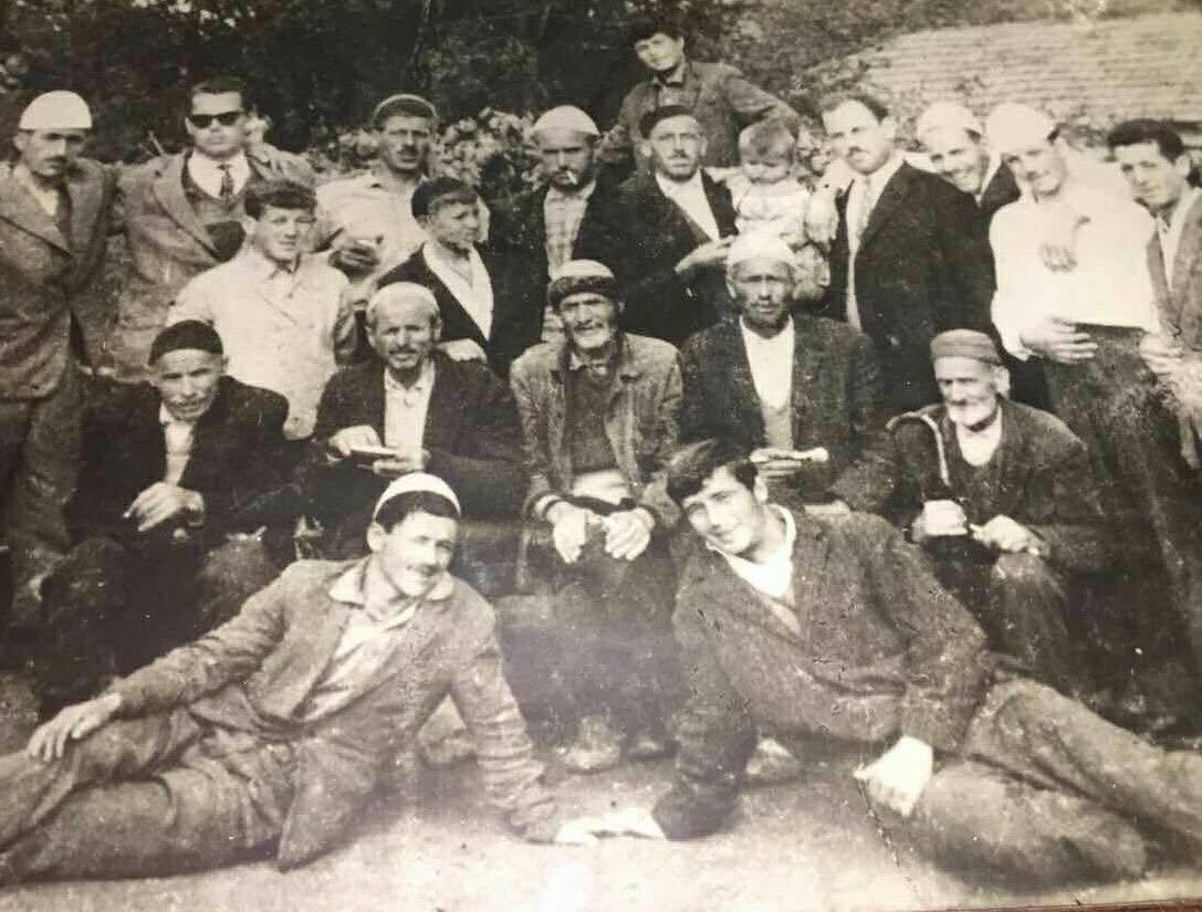Nje foto historike e Lezbalive  Ky ështe  shtabi i përgjithshem  që para 50 vitesh ishin vetem 30 e sot 3000  Presheva po rritet