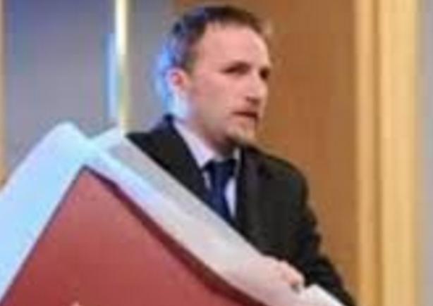 Pse jo ministri i arsimit apo ekonomisë  por ministri i drejtësise kosovare sot në Preshevë   Ceshtja e pasaportave apo