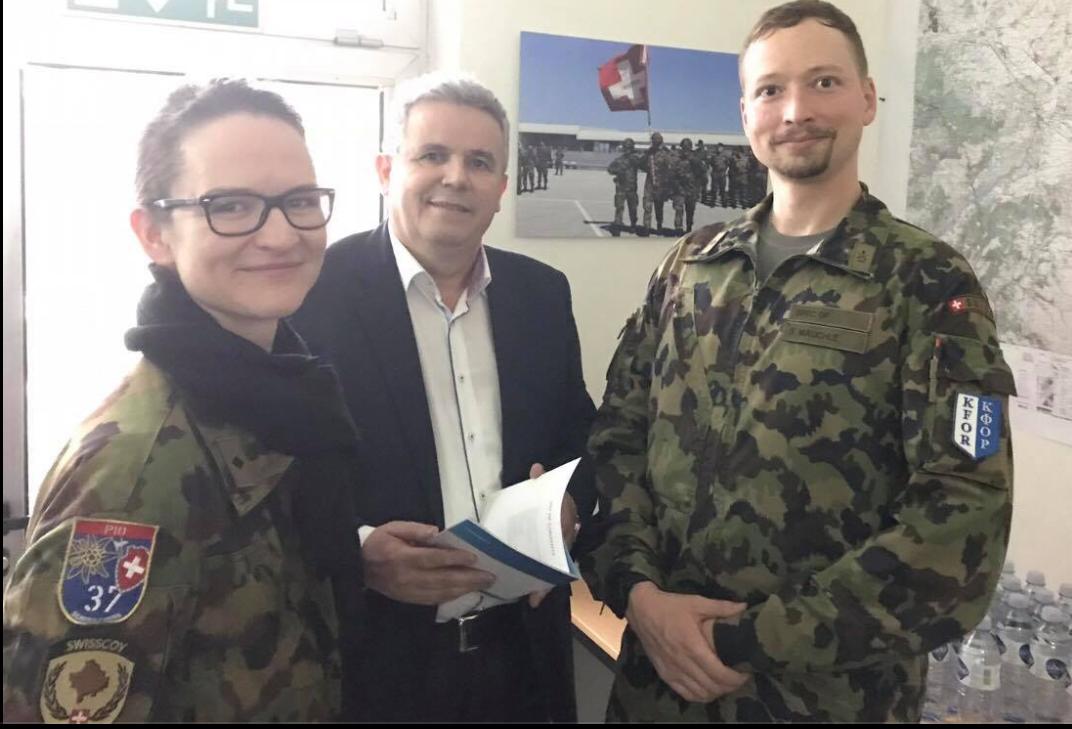 Dy orë me ushtarët e Swisscoy në Prizren  Deri sot mbi 8300 ushtarë zviceran i shërbyen paqes në Kosovë