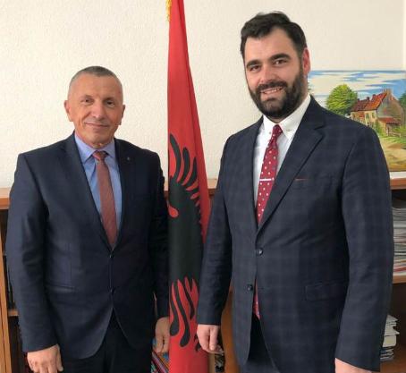 Shaip Kamberi dhe Ragmi Mustafa bëhen bashkë  Udhëtojne për Zvicer  Tubim me diasporen shqiptare  19 01 2018