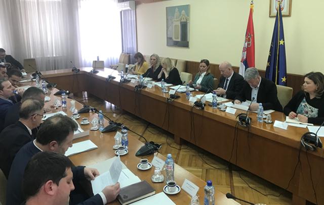 Vucic dhuron 2 2 milion euro për Luginen e Preshevës  Hashim Thaci as dy Abetare i cili me deklarata don ta marrë Luginën
