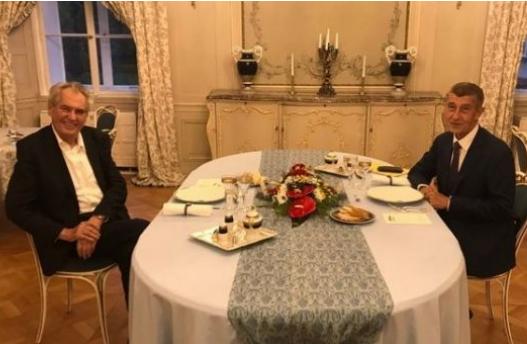 Kryemnistri cek Babish takon presidentin Zeman  Ja cfare diskutuan për Kosovën